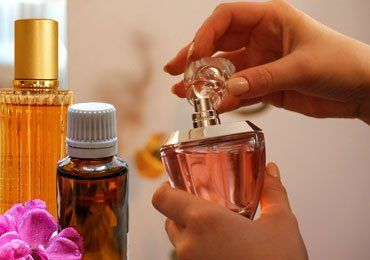 How To Make DIY Essential Oil Perfumes?