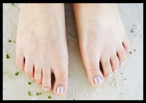 Ways To Get Smooth And Soft Feet Without Pedicure