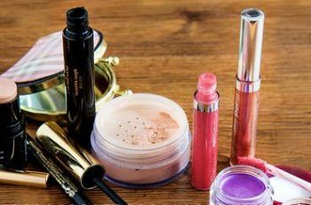 Things To Keep In Mind Before Buying A Make-Up Kit!